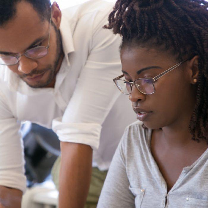 instructor-explaining-project-specifics-intern_74855-2018
